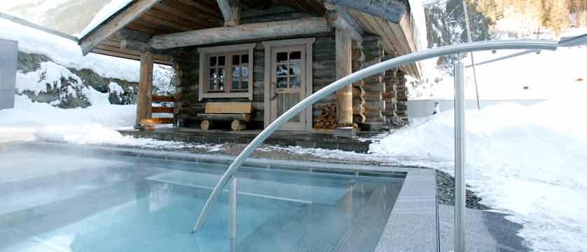 austria_ischgl_hotel-madlein_outdoor-heated-pool.jpg